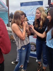 Leann Rimes and the most adorable puppy.